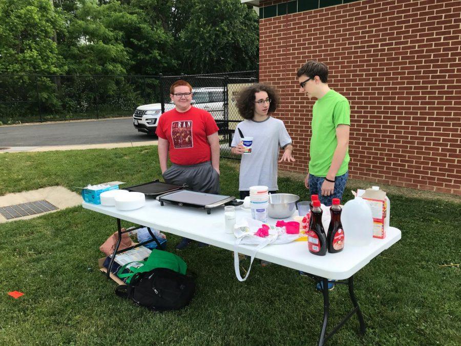 Nate, Sebastian, and Jack's lab involves pancakes!