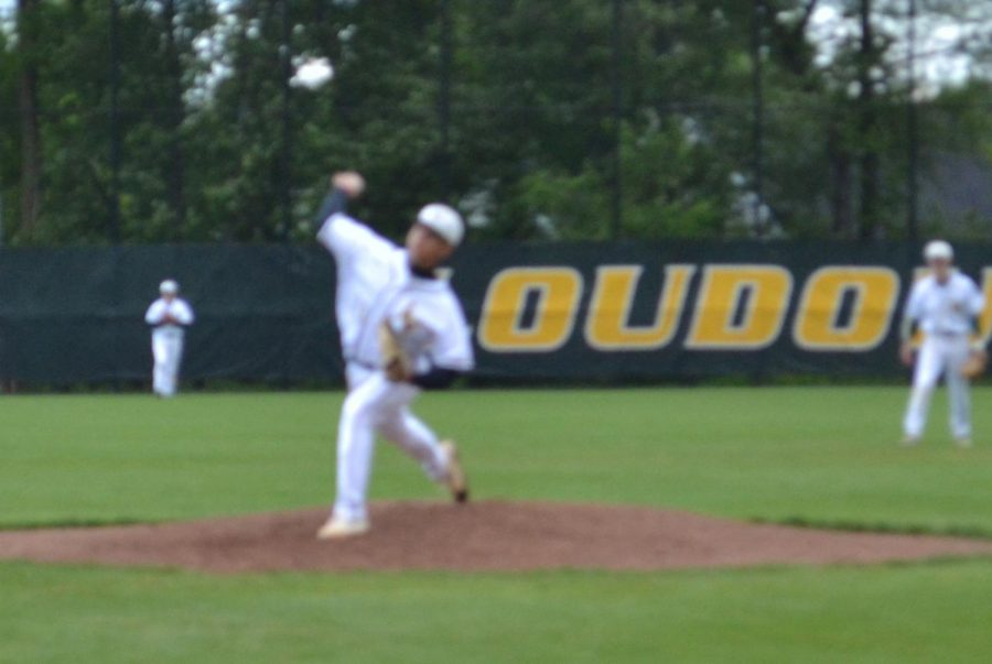#33 michael grupe pitches the ball quickly!